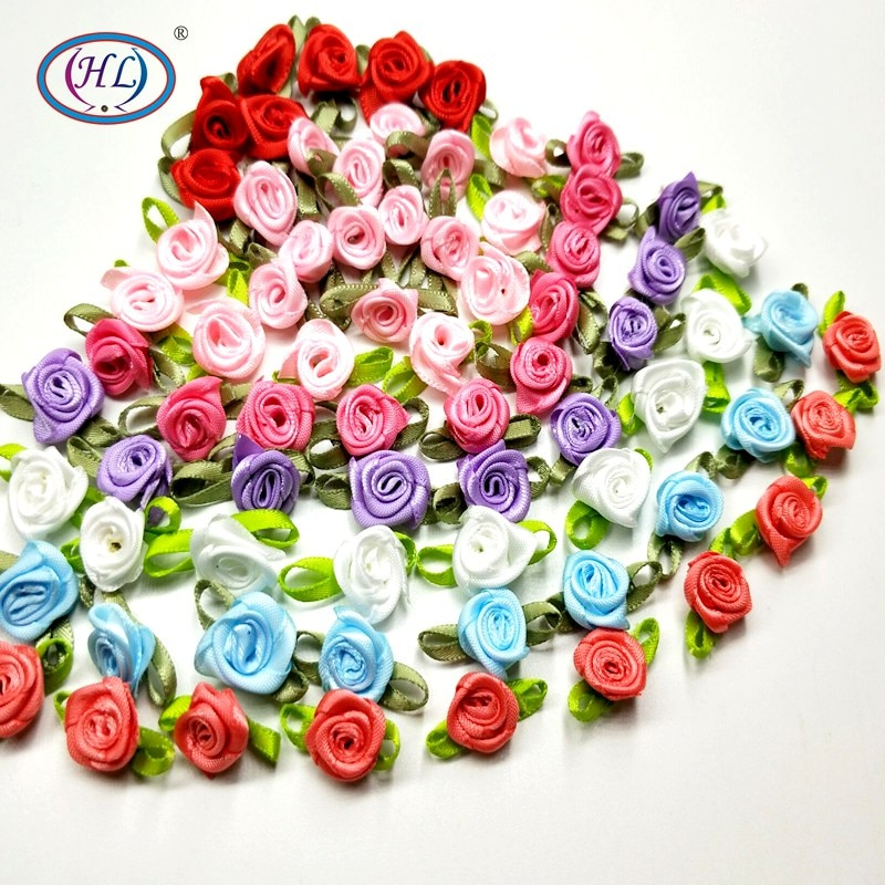 Heads Make Satin Ribbon Roses